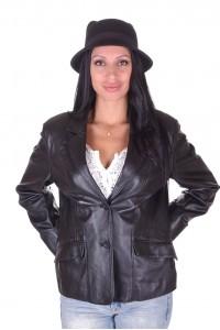 Модерно дамско кожено сако